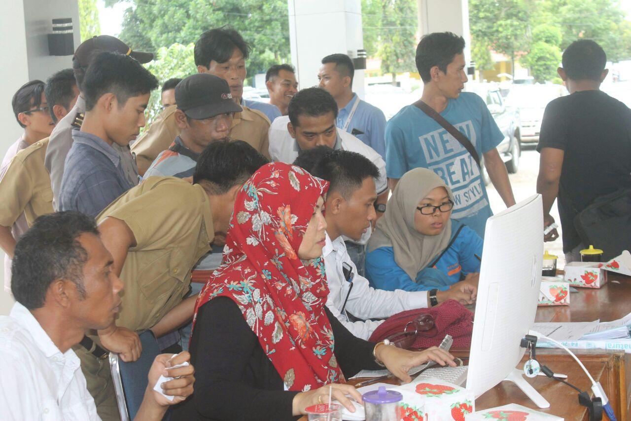 Kendaraan Dinas Di Bengkulu Utara Dilelang Terbuka Untuk Umum