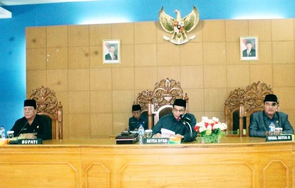 DPRD Bengkulu Utara Gelar Rapat Paripurna Pandangan Umum Fraksi